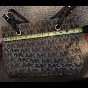 Michael Kors Bags - Michael Kors handbag